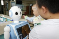 Kids get used to robots